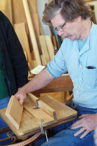 Roy Underhill using a foot-powered spindle cutter