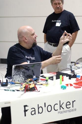 Showing 3D printed parts at Fablocker