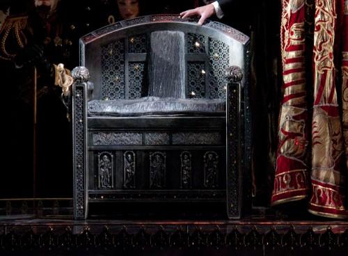 Final throne.