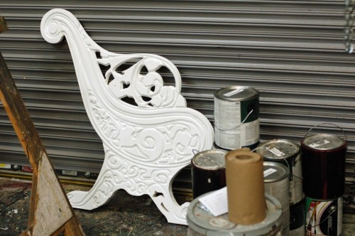 Primed bench end