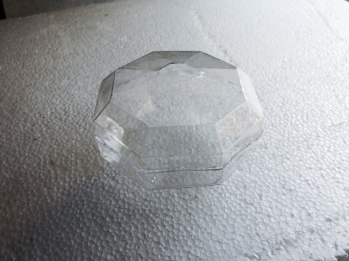 Vacuum formed jewel