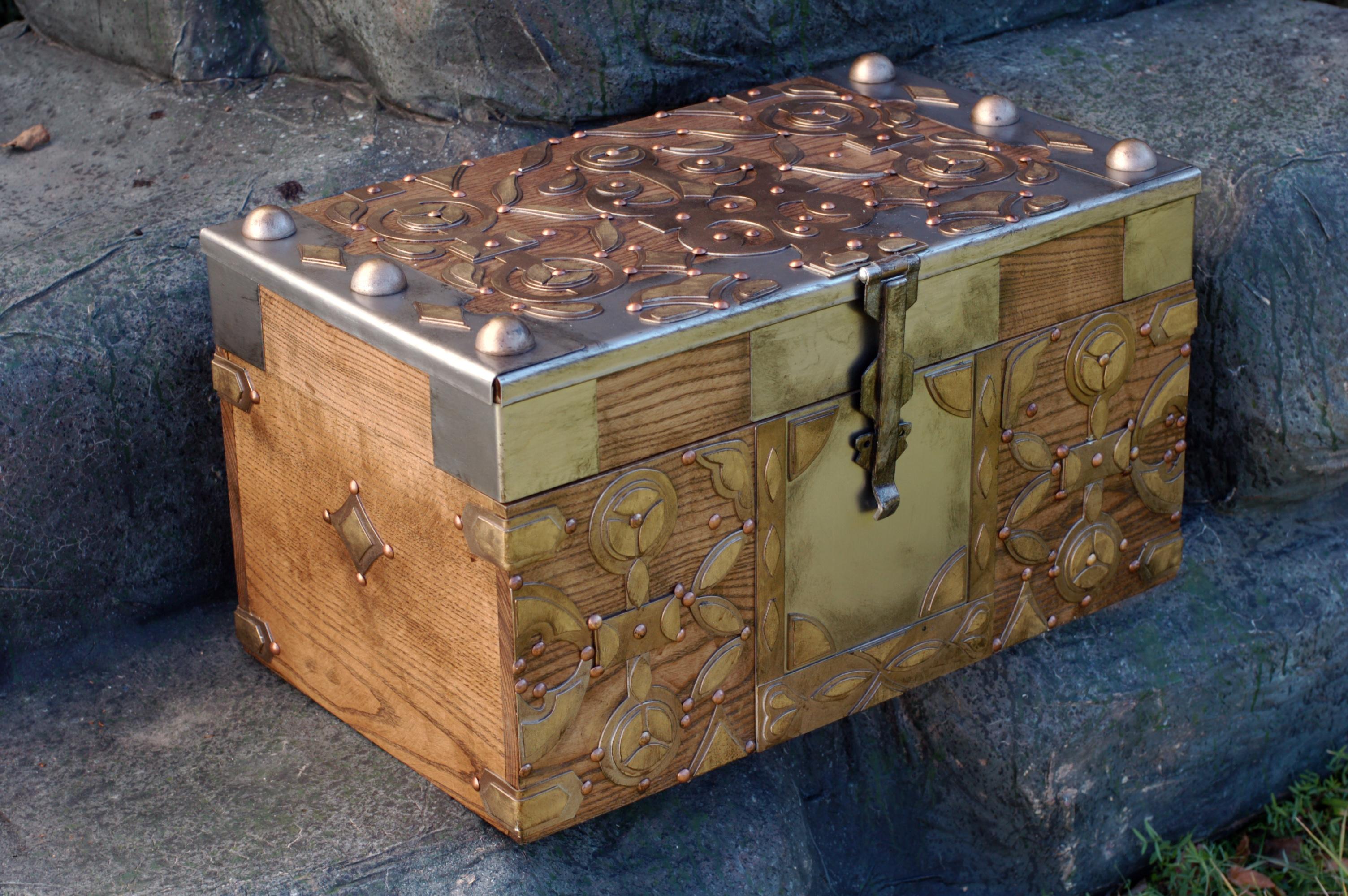Daenerys' chest of dragon eggs