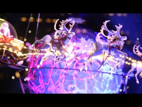 How Macy's Makes its Holiday Windows